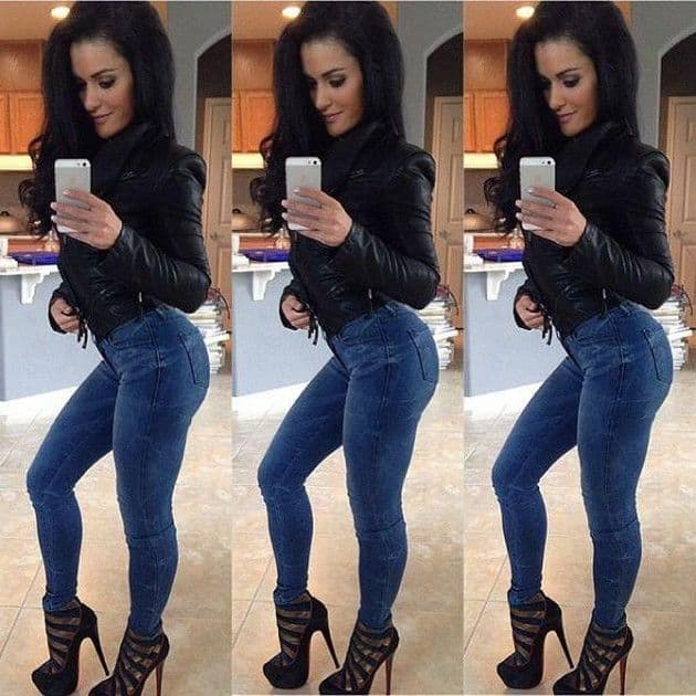 hot-teen-in-tight-jeans